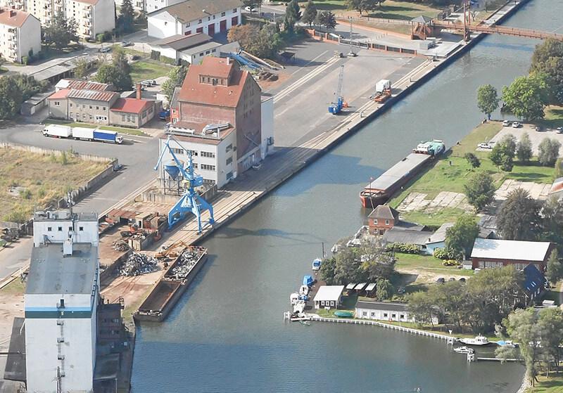 Quelle-Binnenhafen-Anklam